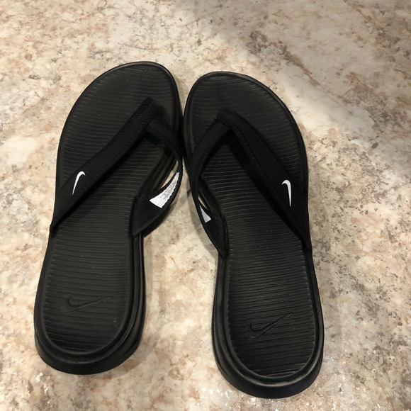 Nike Shoes | Womens Flip Flops Size 9